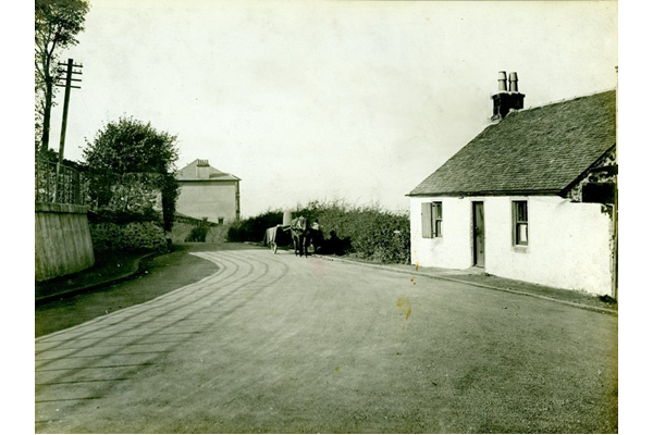 Horse and cart on the roadway near the top of Clune Brae, Port Glasgow. - 2009.98.23 - © McLean Museum and Art Gallery, Greenock
